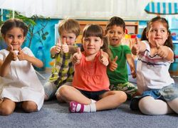 thumbs-up kids
